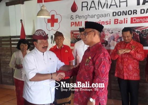 Nusabali.com - 100-kali-donor-darah-dapat-cincin-emas