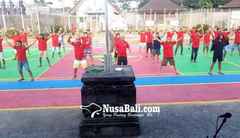 www.nusabali.com-pecahkan-rekor-napi-dan-pegawai-lapas-menari-kolosal