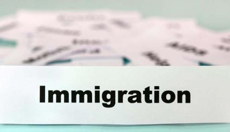 www.nusabali.com-imigrasi-disnaker-buka-layanan-paspor-satu-pintu