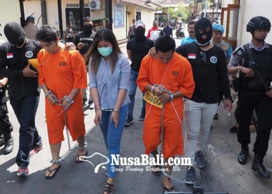 Nusabali.com - dua-anak-pejabat-diancam-20-tahun-bui
