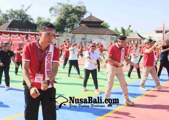 Nusabali.com - tari-kolosal-1000-narapidana-pecahkan-rekor-muri
