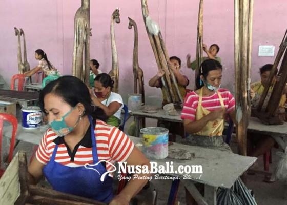 Nusabali.com - wisatawan-ubah-perilaku-belanja