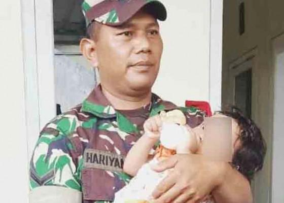 Nusabali.com - bayi-15-bulan-tunggui-ayahnya-yang-sudah-membusuk