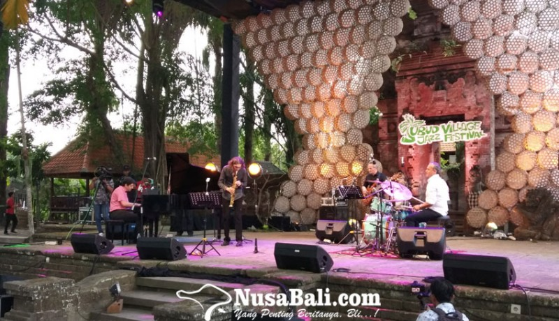 www.nusabali.com-tahun-ketujuh-ubud-village-jazz-festival-11-band-ramaikan-malam-pertama