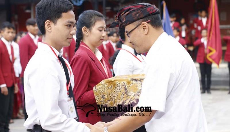 www.nusabali.com-pengenalan-kehidupan-kampus-bagi-mahasiswa-baru-di-stiki-indonesia