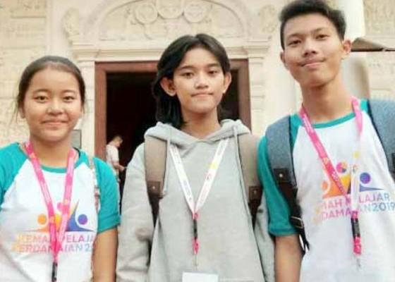 Nusabali.com - siswa-pasraman-ikuti-kemah-perdamaian