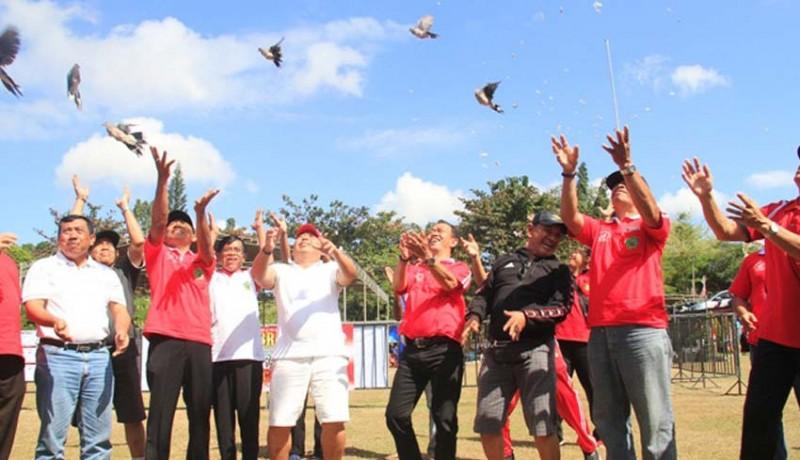 www.nusabali.com-ratusan-peserta-ramaikan-lomba-burung-berkicau-bupati-jembrana-cup