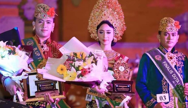 www.nusabali.com-dua-putri-klungkung-terpilih-jadi-duta-hijau-bali-2019