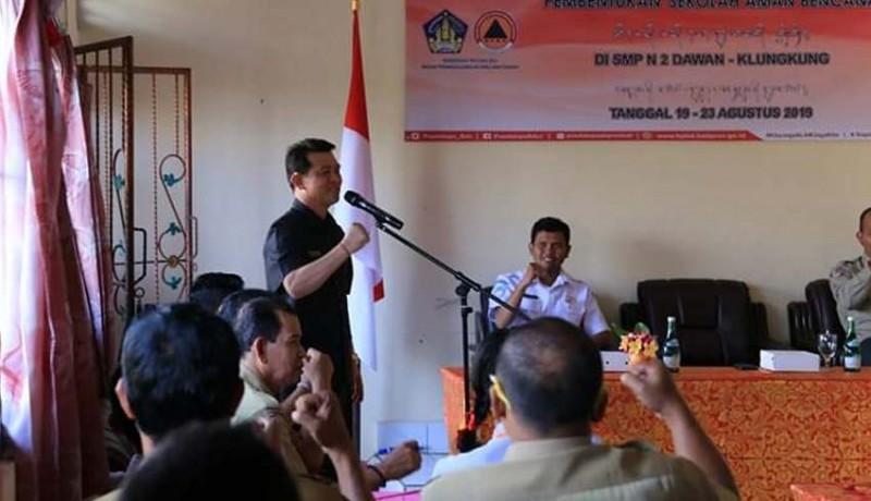 www.nusabali.com-smpn-2-dawan-rawan-tertimpa-longsor