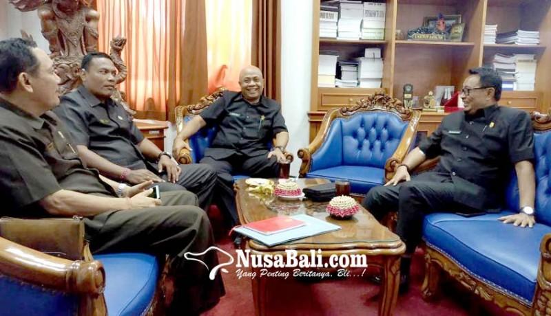 www.nusabali.com-fraksi-demokrat-dprd-gianyar-pakai-pimpinan-sementara
