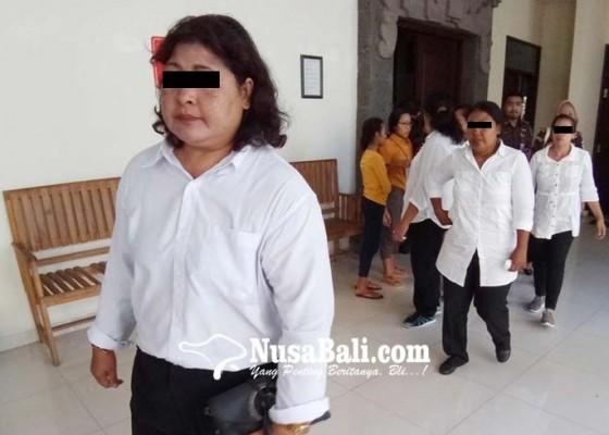 Nusabali.com - lima-emak-emak-dituntut-bervariasi