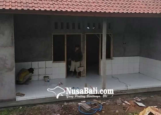 Nusabali.com - penerima-bantuan-bedah-rumah-khawatir-namanya-tercoret
