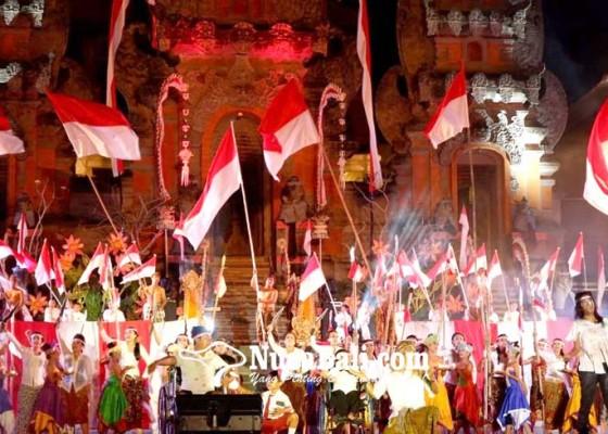 Nusabali.com - tari-nusantara-mahardika-pukau-warga