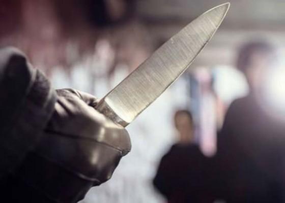 Nusabali.com - ditahan-pelaku-penusukan-terus-menangis