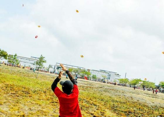 Nusabali.com - lomba-bmbtt-dan-layang-layang-meriahkan-hut-ke-124-kota-negara