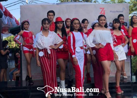 Nusabali.com - gemulai-merah-putih-warnai-plaza-renon