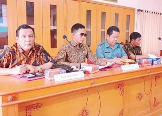 Nusabali.com - komisi-iii-sidak-ke-perumda-pasar-mangu-giri-sedana