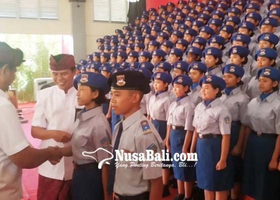 Nusabali.com - 330-siswa-smasmk-bali-mandara-dilantik