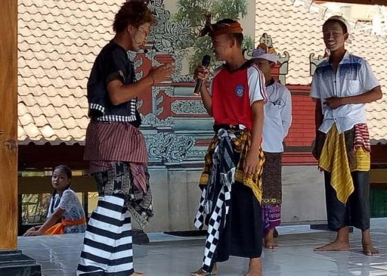Nusabali.com - lomba-lawak-smpn-1-banjarangkan