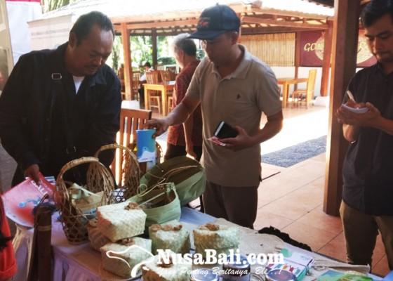 Nusabali.com - desa-dukuh-penghasil-buah-tangan-tidak-pakai-mahal