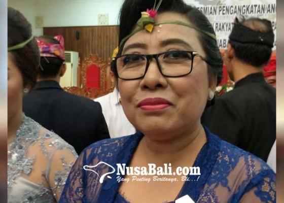 Nusabali.com - putri-nareni-srikandi-kedua-menjabat-wakil-ketua-dprd-buleleng