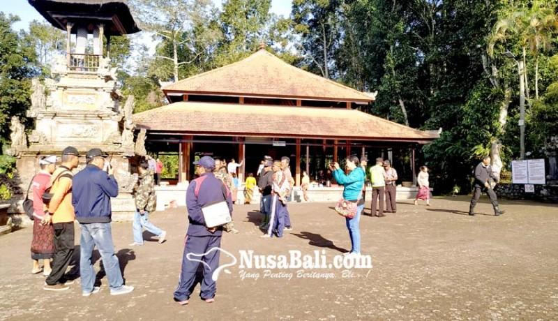 www.nusabali.com-karya-di-pura-batukau-bupati-larang-pendakian-gunung-batukau