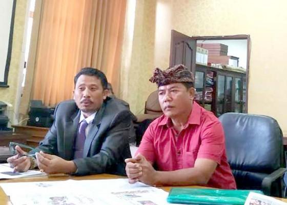 Nusabali.com - warga-keluhkan-lamanya-pengurusan-akta-perkawinan-di-disdukcapil-badung