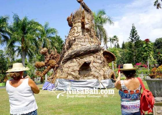 Nusabali.com - patung-bali-agung-dan-dewi-sri-maskot-festival-subak