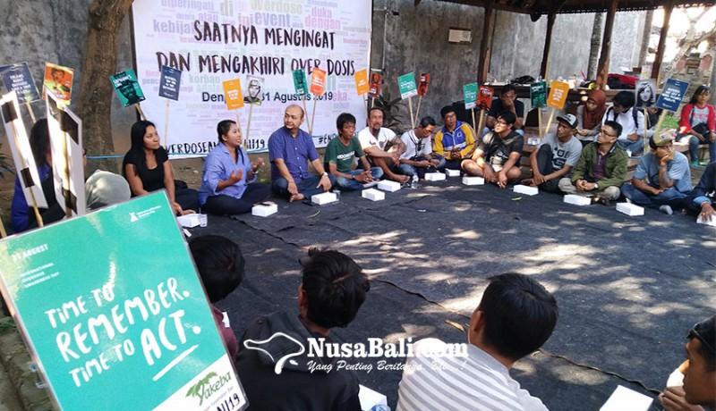 www.nusabali.com-hari-kewaspadaan-overdosis-kenang-para-korban