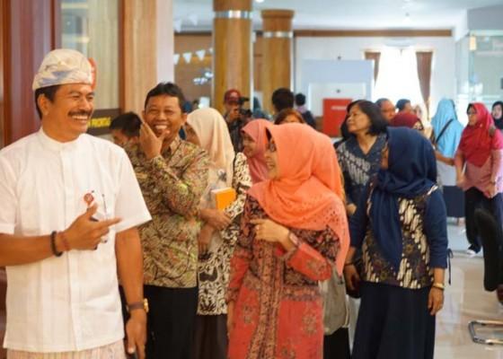 Nusabali.com - kementerian-pertanian-belajar-pelayanan-publik-ke-badung