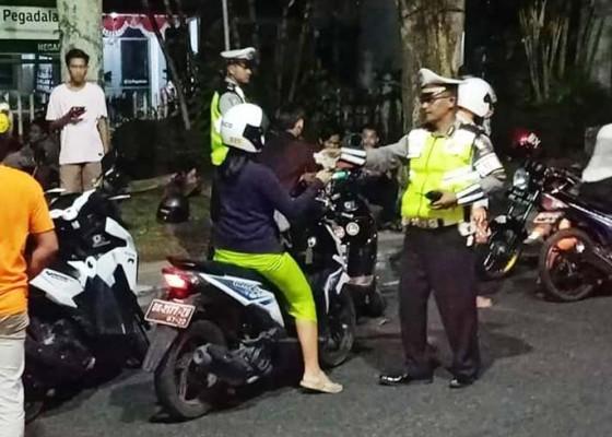 Nusabali.com - razia-malam-minggu-jaring-68-pelanggar-lalin