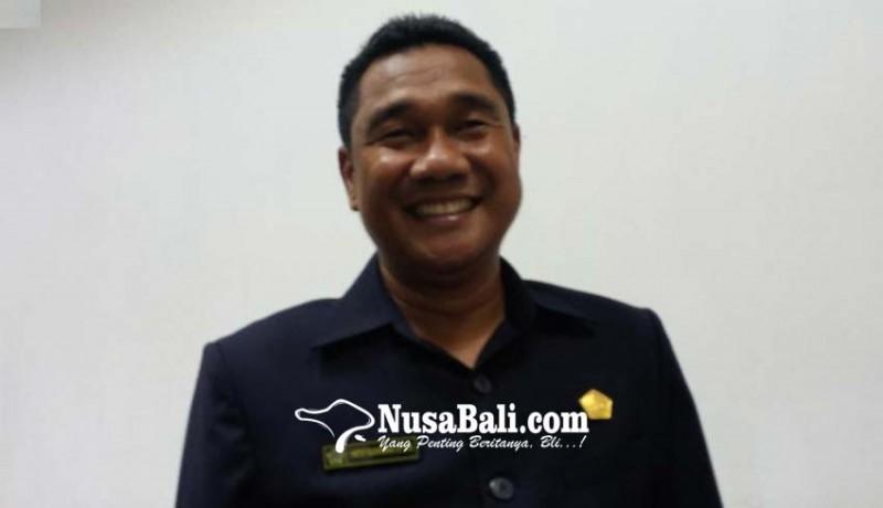 www.nusabali.com-pdip-fir-dum-duman-jabatan-akd