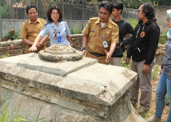 Nusabali.com - penemuan-makam-kuno-di-lapas-wanita-tangerang