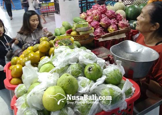 Nusabali.com - pedagang-pasar-badung-rasakan-ramai-pembeli