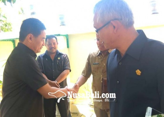 Nusabali.com - golkar-telikung-koalisi-oposisi