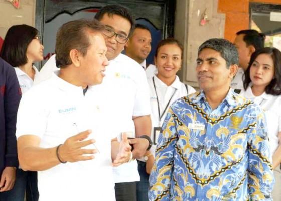 Nusabali.com - peringati-hari-pelanggan-pln-kunjungi-ombudsman