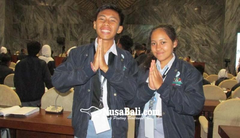 www.nusabali.com-siswa-sman-1-singaraja-sman-4-denpasar-lolos-ke-parlemen-remaja