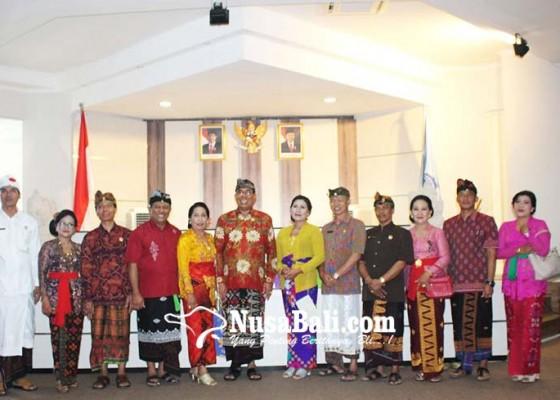 Nusabali.com - dekan-dan-pejabat-struktural-undiksha-dilantik