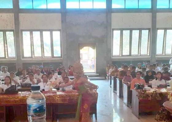 Nusabali.com - disdikpora-gelar-pelatihan-kewirausahaan