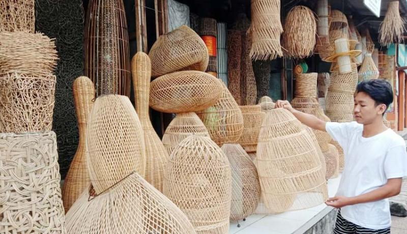 www.nusabali.com-anyaman-khas-lombok