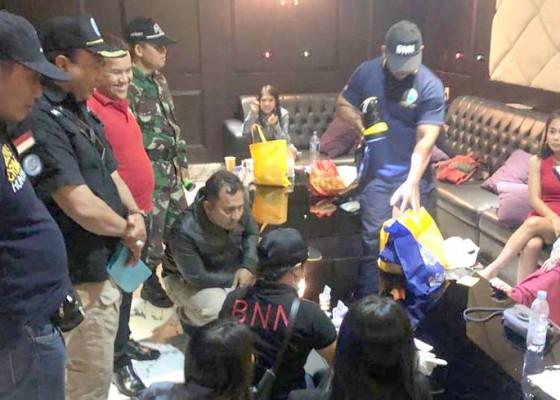 Nusabali.com - tempat-dugem-dirazia-9-pengunjung-positif-narkoba