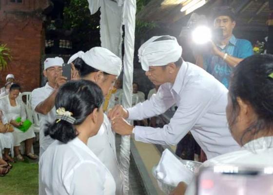 Nusabali.com - 108-pemangku-dan-88-serati-ikuti-pelatihan-di-pura-puseh-denpasar