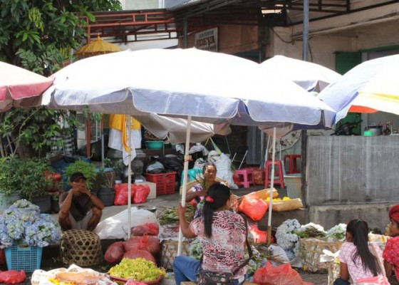 Nusabali.com - fisik-pasar-banyuasri-mulai-proses-lelang