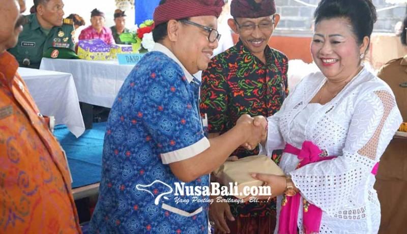 www.nusabali.com-bupati-belum-bagikan-16998-kkc-di-5-kecamatan