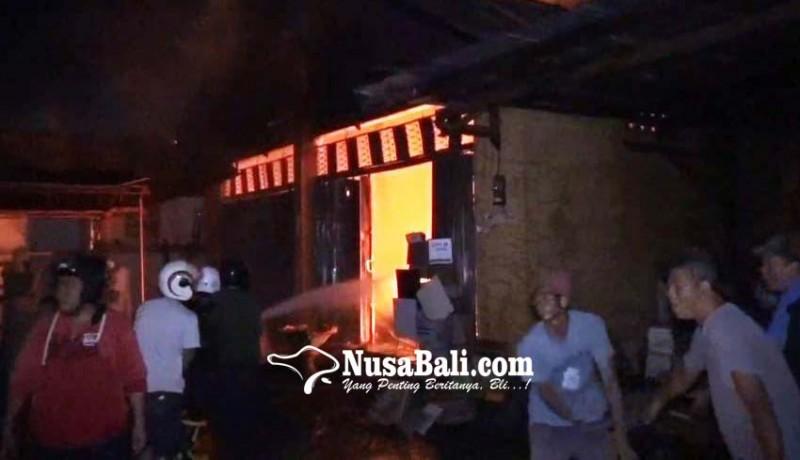 www.nusabali.com-sisa-api-dupa-diduga-hanguskan-toko-bahan-bangunan