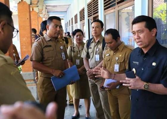 Nusabali.com - bupati-suwirta-matangkan-pusat-latihan-kerja