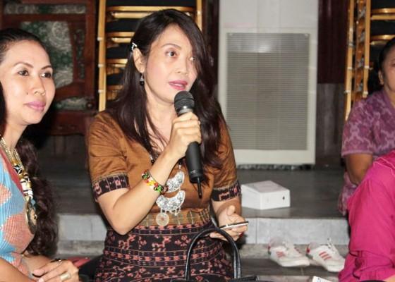 Nusabali.com - acara-semrawut-panitia-panen-keluhan