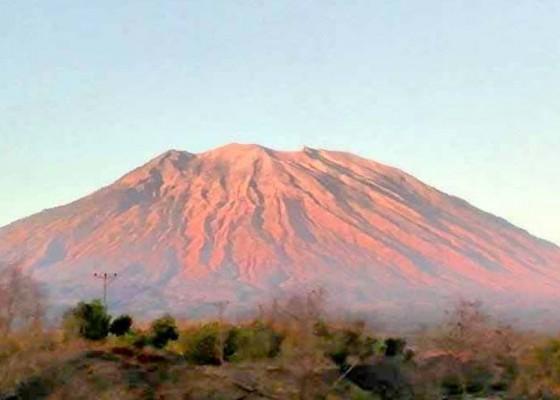 Nusabali.com - pendaki-gunung-agung-terancam-denda-rp-1-juta