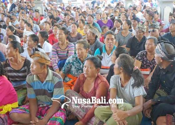 Nusabali.com - disdikpora-larang-ayah-siswa-cairkan-kkc