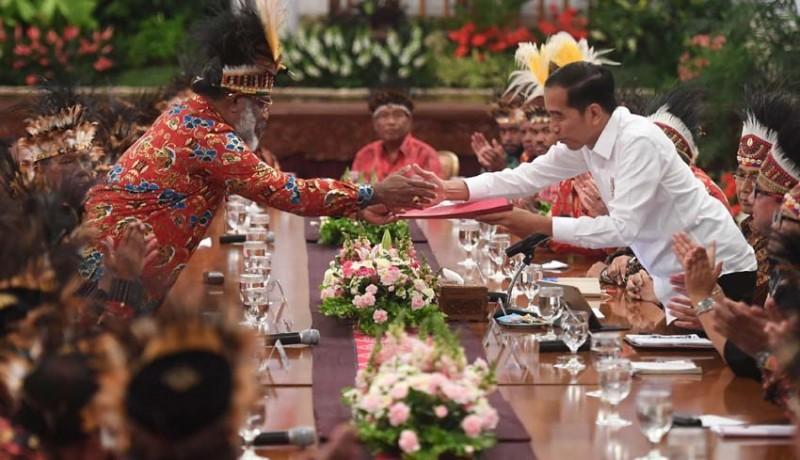 www.nusabali.com-jokowi-diminta-bangun-istana-di-papua